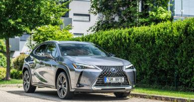 Test Lexus UX 250h 2019: Sice menší, ale pořád Lexus (+VIDEO)
