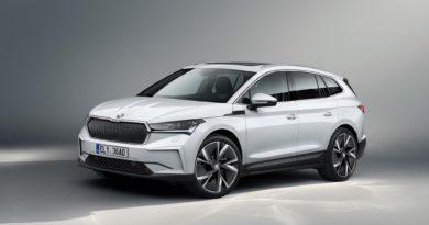"""Škoda Enyaq vstupuje na trh ve verzi """"cena od"""" a není to žádné holátko"""