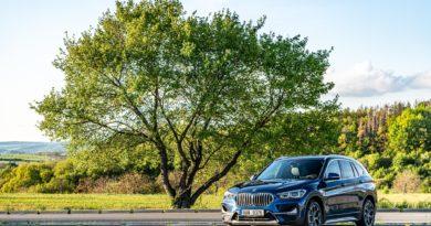 BMW X1 sDrive18i 2021: Když základ naprosto stačí